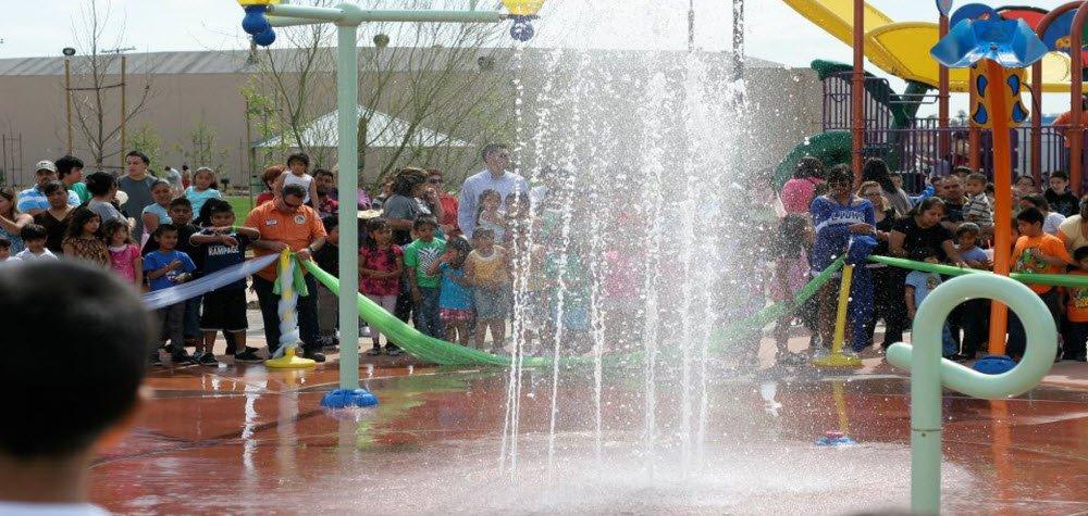 splash-pad-at-gibson-mariposa-park-2